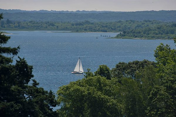 Photograph of a sailboat in Warwick bay