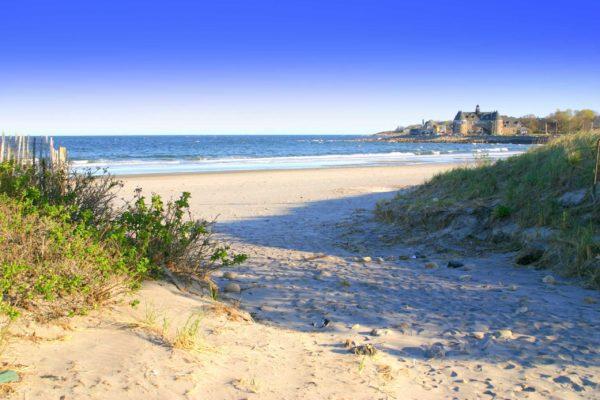 narragansett-beach